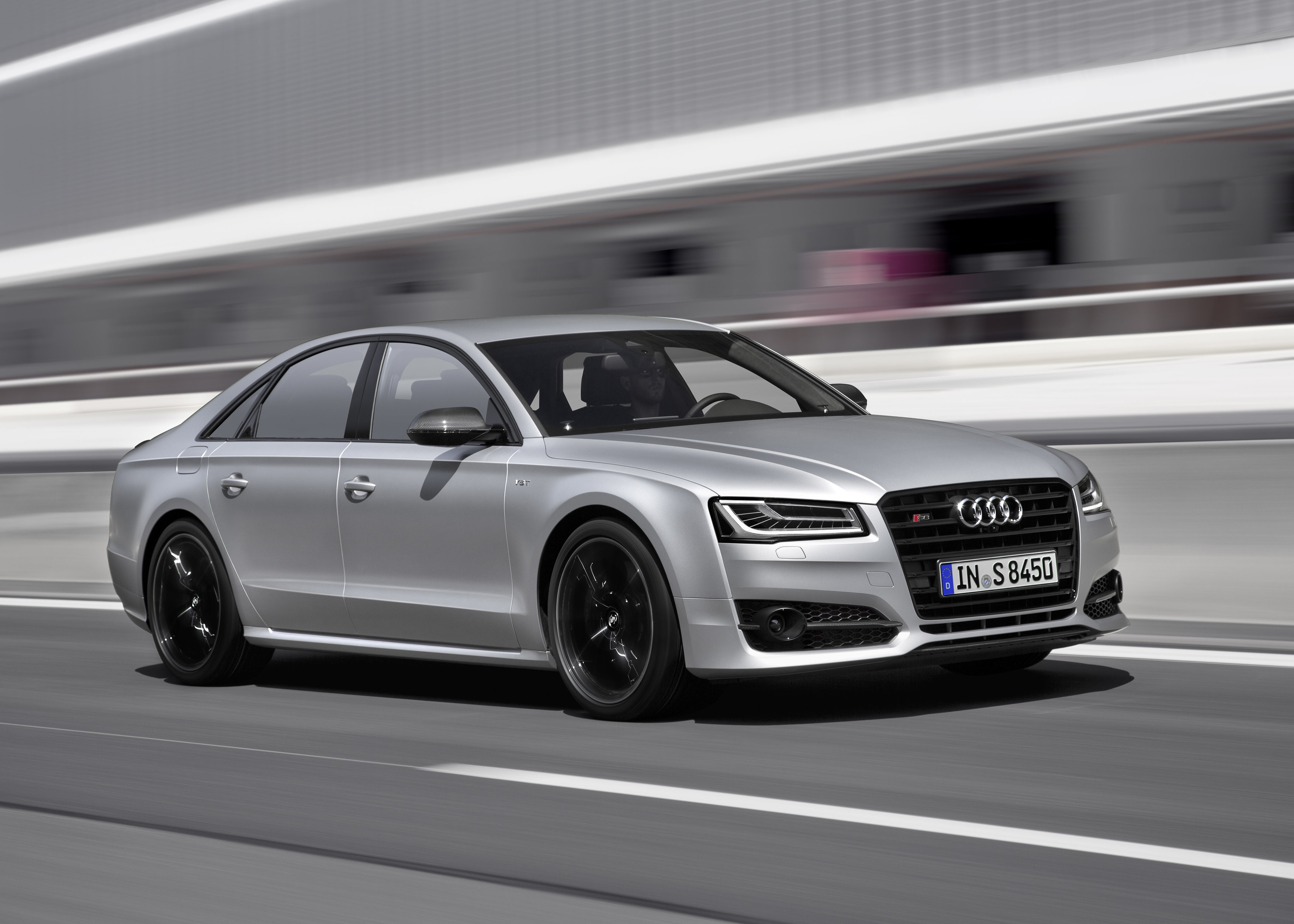 2015 Audi S4 / 2015 Audi S8 plus – IAA 2015 Preview
